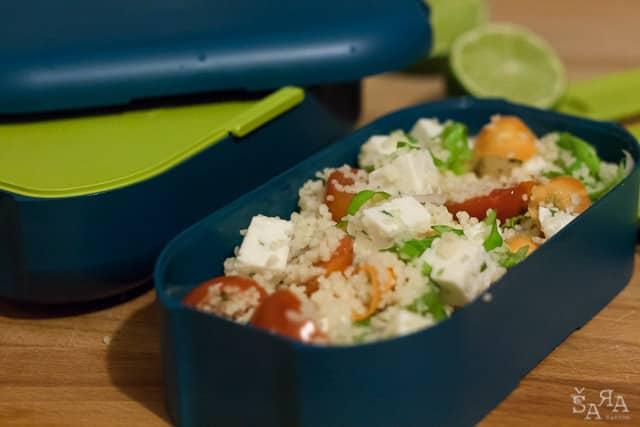 Salada de Couscous com queijo de cabra e legumes