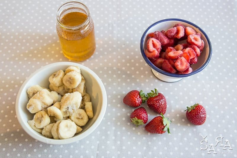 Gelado de morango e banana com 3 ingredientes
