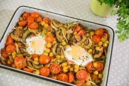 Gratinado de grão com cogumelos e tomate cherry